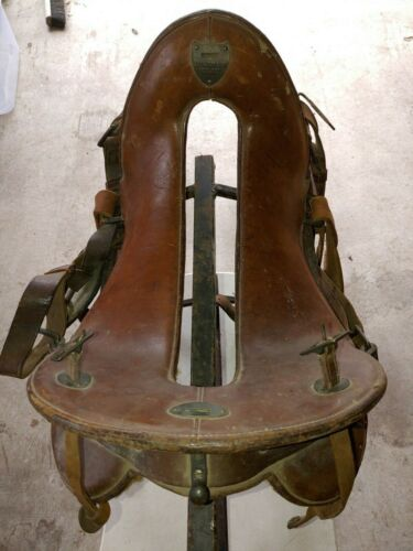 "VINTAGE U.S. MCCLELLAN CALVARY SADDLE 11 1/2"" SEAT, FLAPS, GUARD, WOOD STIRRUPS"