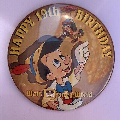 HAPPY 19TH BIRTHDAY WALT DISNEY WORLD BUTTON PIN 1990 PINOCCHIO & JIMINY - Happy 19th Birthday