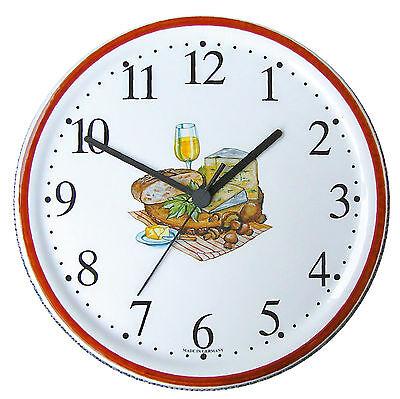 150526.01 Keramik Wanduhr rund Weißwein Käse Brot Braurand handbemalt Quarzwerk