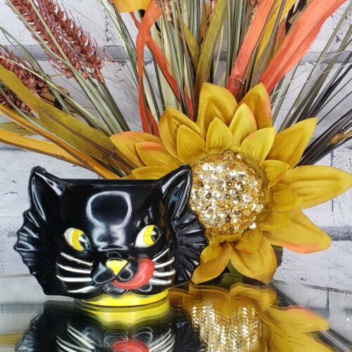 """Vintage """"LUCKY"""" Black Cat Plastic WALL POCKET Cup 1950s Halloween Gothic RARE"""