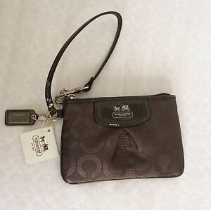 COACH WRISTLET - MADISON GRAPHIC OP ART, SUTTON, POPPY, SPECIAL OCCASION SEQUIN