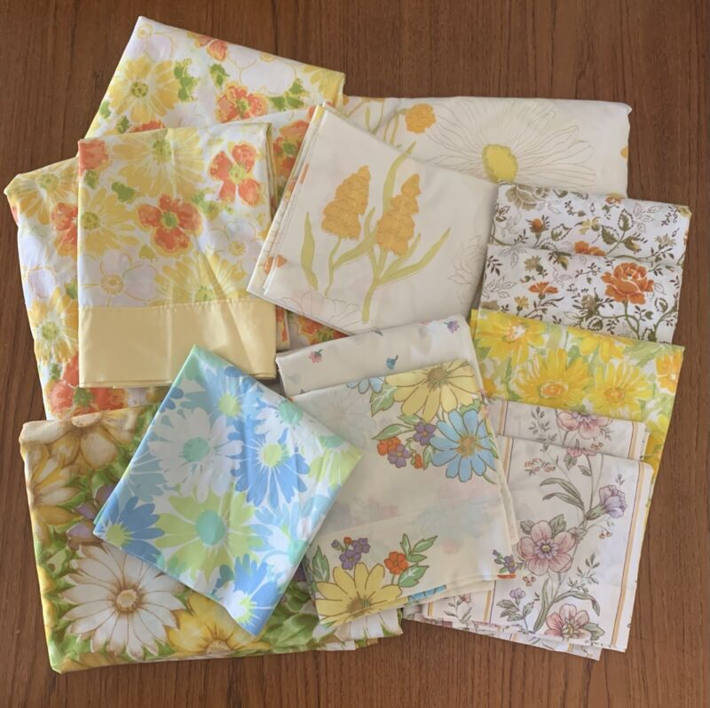 Vintage Lot Pillowcases (10) & Sheets (4) Flower Power Floral 1970s Excl Cond!