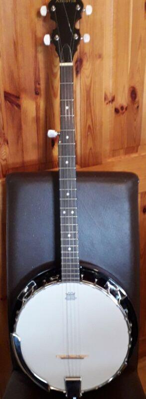 Antoria 5 string banjo with canvas case
