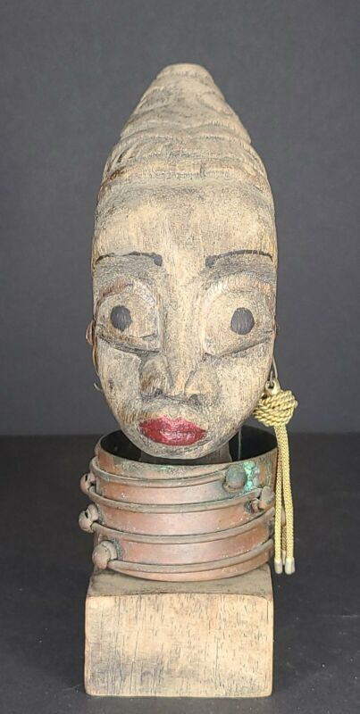 Carved African Head Wooden Statue - Figurine with 1 Earring and Neck rings