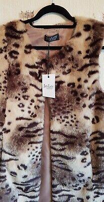 Brand New Jayley fur gilet one size