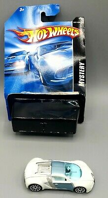Hot Wheels Mystery Car '07. Bugatti Veyron opened but with original card.