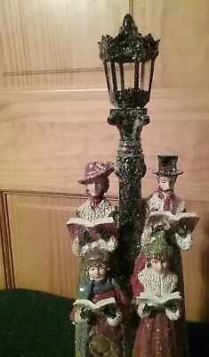 Holiday Time Nostalgic 18 Inch Christmas Carolers Lamp Post Family Singers NEW