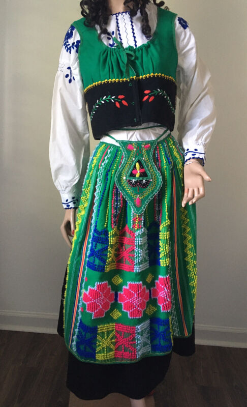 7 Pc SET Vintge EMBROIDERD UKRAINIAN Polish Slovak BOHO VEST Blouse Skirt CZECH