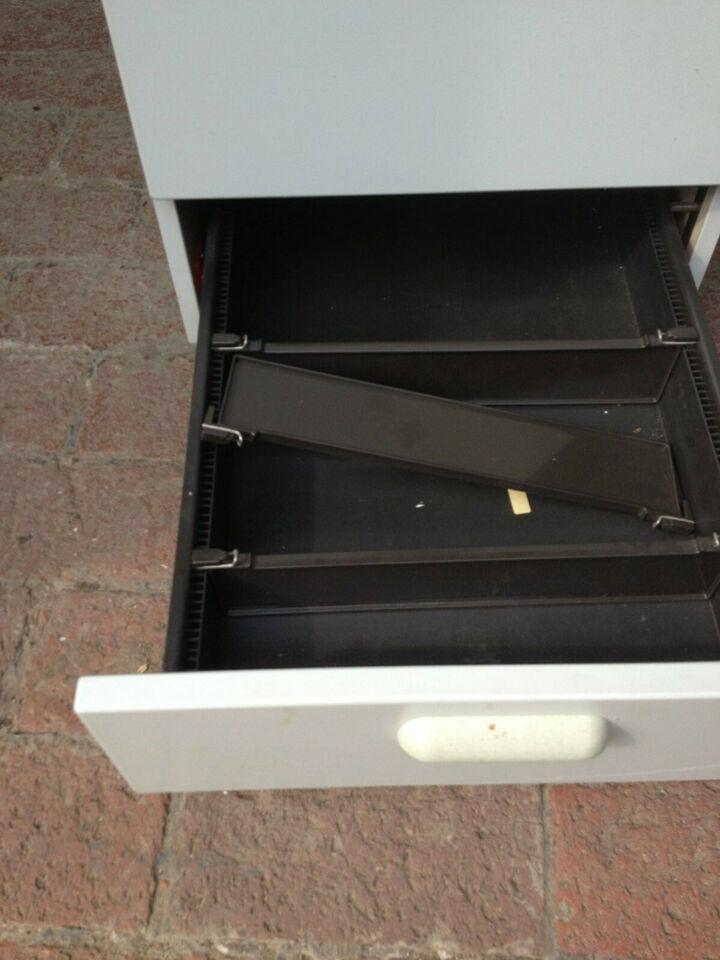 Rollcontainer mit 3 Schubladen inkl. Schlüssel in Northeim