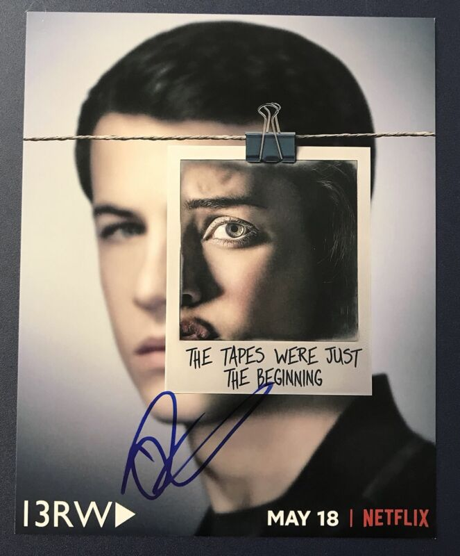 DYLAN MINNETTE HAND SIGNED 8x10 PHOTO 13 REASONS WHY AUTOGRAPH AUTHENTIC + PROOF