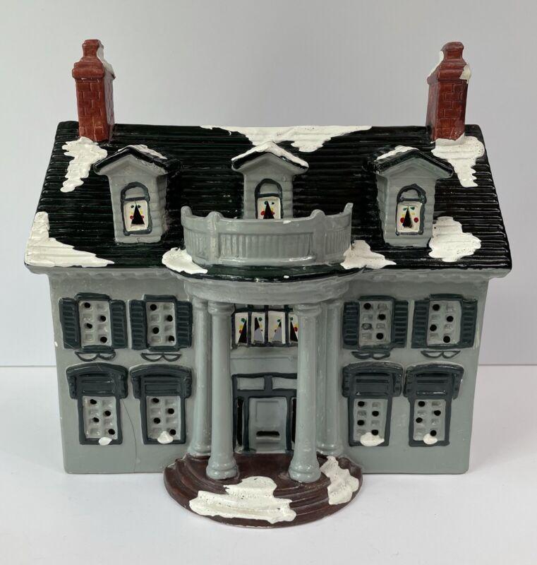 1986 - Dept. 56 Snow Village plantation - snowhouse series - flaws