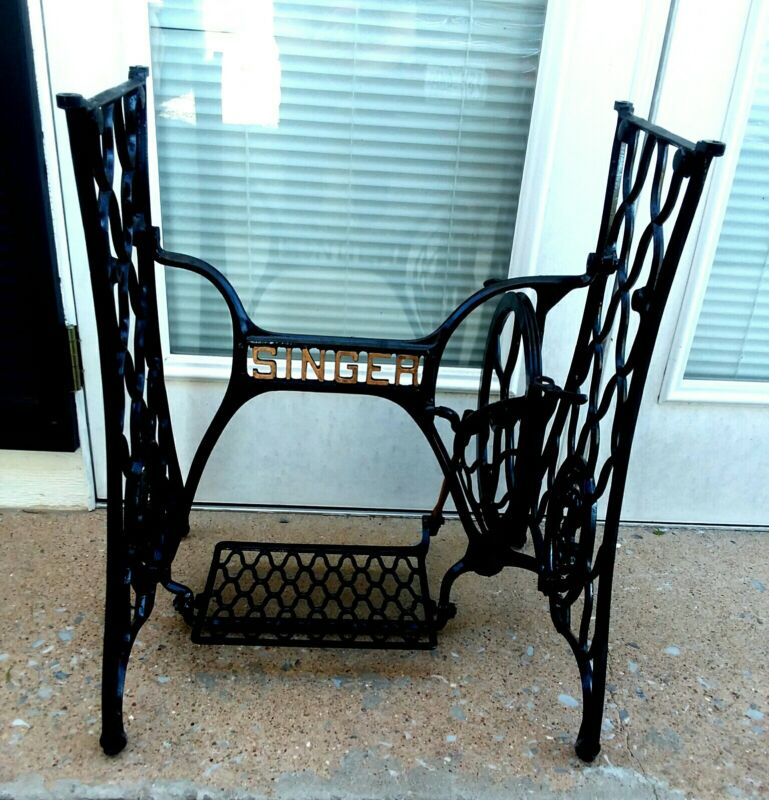 Antique Singer Treadle Sewing Machine Cast Iron Table Legs Base Restored
