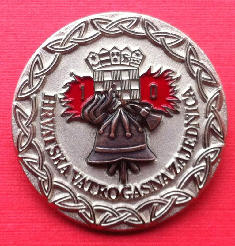 Croatia Hrvatska badge 10 year service Firefighting - Firemen very rare badge !!
