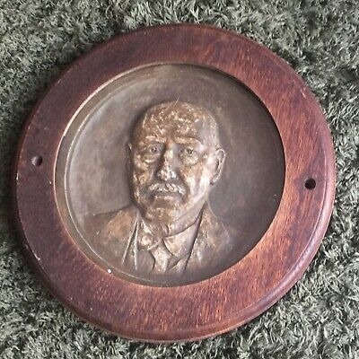 Antique Wooden Round Framed Wall Plaque of Cast Plaster Head