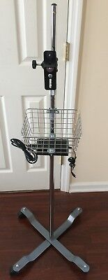 Welch Allyn Vital Signs Monitor Rolling Mobile Stand: Spot LXi 300 42x 45x