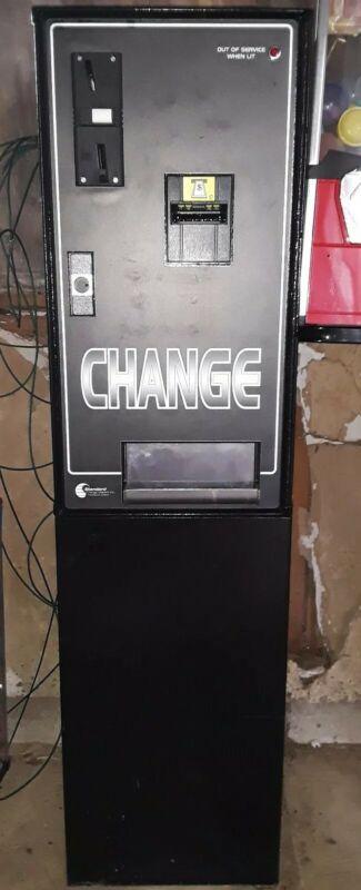 STANDARD BILL CHANGER MC-200 COINCO DBA STEEL HOPPER QUARTERS OR TOKENS