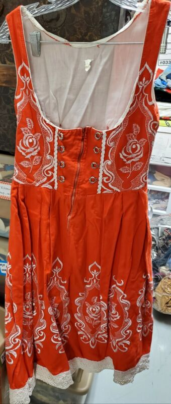 Authentic German Austrian Dress Beer Oktoberfest Embroidered Apron Dirndl  Sz 44