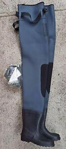 Rogue Neoprene Waist Waders Size 13 (valued at $129) Prospect Prospect Area Preview