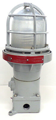 RIG-A-LITE ELECTRIC FIXTURE FOR HAZARDOUS LOCATIONS XPI-C75G, MAX 250V AC ONLY