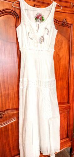 Robe longue blanche, desigual, brodée et doublée, taille 36, 100% coton, neuf