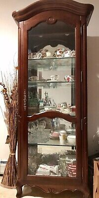 Ethan Allen Country French Curio Cabinet 26 9308 Beveled Glass Locks Finish 216 ()
