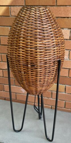 VIntage Woven Wicker Cane Pod Iron Tripod Lamp Mid Century Modern Retro Lighting