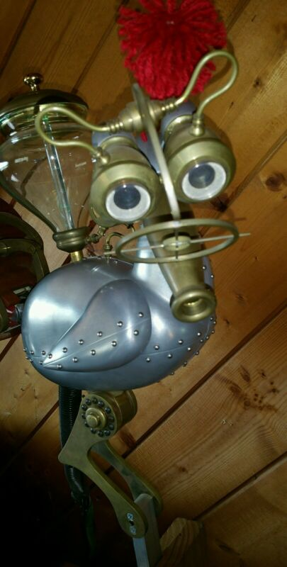 THE CAT IN THE HAT  MOVIE PROP (MIKE MYERS) STEAM PUNK SQUIRTING CHICKEN-WORKS