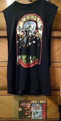 Vtg GUNS N' ROSES - APPETITE FOR DESTRUCTION '89 T-Shirt, DVD & 2 RARE Postcards