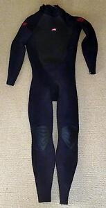 Surfing Peak 3:2 steamer wetsuit mens med-large Coffs Harbour Area Preview