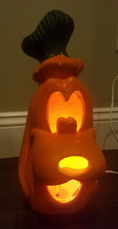 Disney Goofy pumpkin light up Jack-O-Lantern