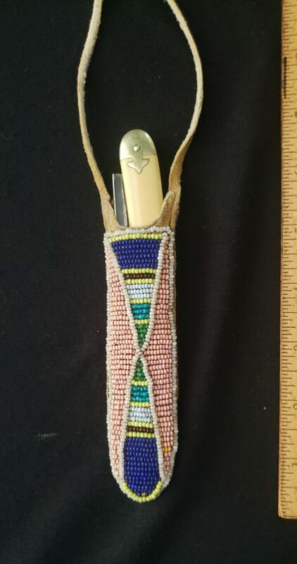 Native American CROW,  Indian Beaded Straight Razor pouch with Razor,  VG +++