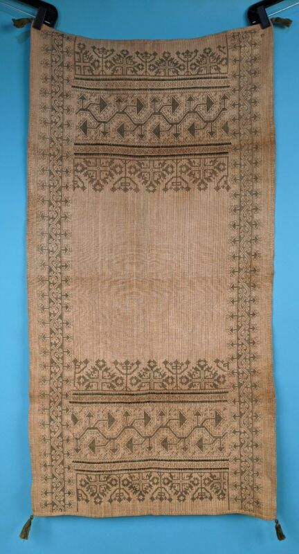 19TH C SPANISH PEASANT HAND EMBROIDERED LINEN TABLECLOTH / RUNNER