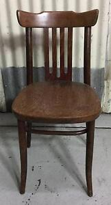 Bentwood chair 1 only.   Seat height 45cm   $40 Kewdale Belmont Area Preview