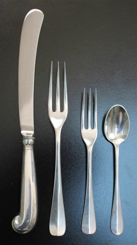 Stieff Williamsburg QUEEN ANNE Sterling 4 pc Place Setting