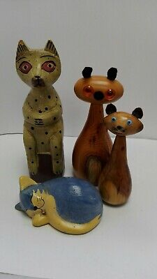 A Collection of Wooden Cat Figures ID2314 B38
