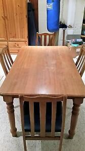 Tasmanian Oak Dining Table 1500 x 900 with 4 dining chairs Caringbah Sutherland Area Preview