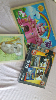 Mixed puzzles, excellent condition