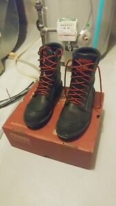 Kodiak Man Safety  boots size 8