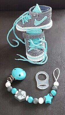 Babyschuhe Turnschuhe gehäkelt  Handarbeit Taufe Geburt Geschenk ca. 10 cm Baby Schuhe Turnschuhe
