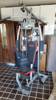MULTI STATION GYM SET SIDE SHIFT 1000 IN EXCELLENT CONDITION