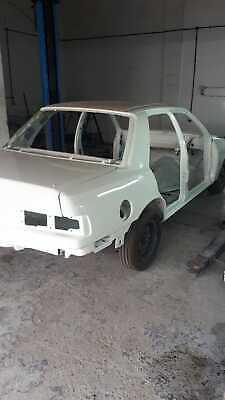 Beautiful restored F reg 2wd ford sierra sapphire rs cosworth rolling shell