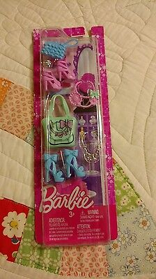 BARBIE BY MATTEL SHOES, PURSES, & NECKLACES (ACCESSORIES) NEW IN PACKAGE
