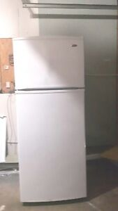 Inglis 18cu.ft. Refrigerator (can deliver)