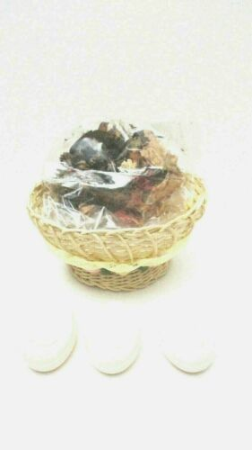 AVON Victorian Bath Gift Set  - Wicker Basket / 3 Soaps / Potpourri   NEW