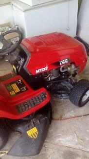 MTD 6 speed ride on Mower Gladstone Gladstone City Preview