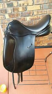 "Jessica Trainer's Pro Dressage Saddle 17 1/2"" Highfields Toowoomba Surrounds Preview"