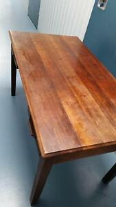 Timber Dining Table / Desk Ashmore Gold Coast City Preview