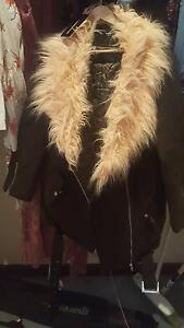 khaki  fur green coat Innaloo Stirling Area Preview