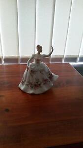 """Shirley"" Royal Doulton Figurine HN2702 Heddon Greta Cessnock Area Preview"
