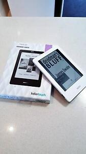 Kobo Touch eReader - White - Excellent Condition Broadbeach Waters Gold Coast City Preview